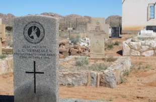 Luderitz-War-Grave-ATI (3)