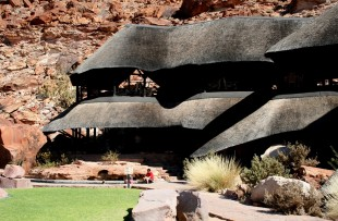 Twyfelfontein-Country-Lodge-ATI1 (2)