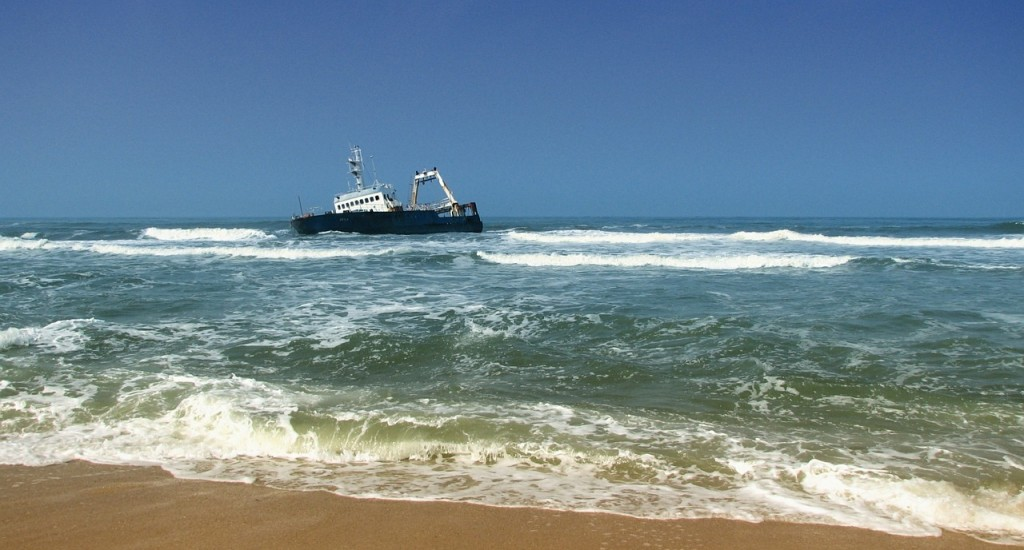 shipwreck-451998_1280